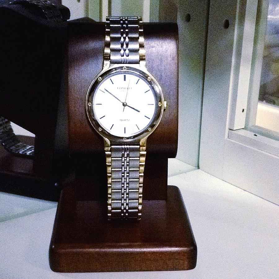CONCRET Paris クォーツ時計