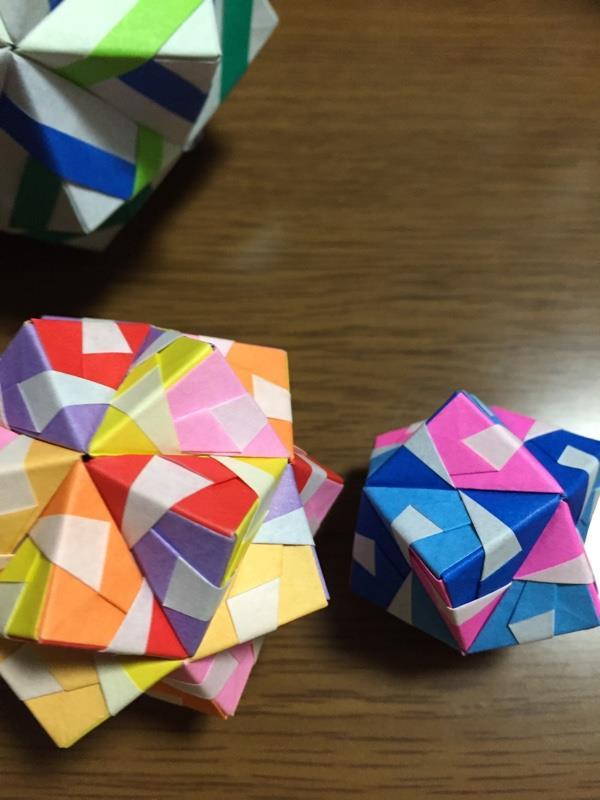 折り紙 くす玉 組み立て 方