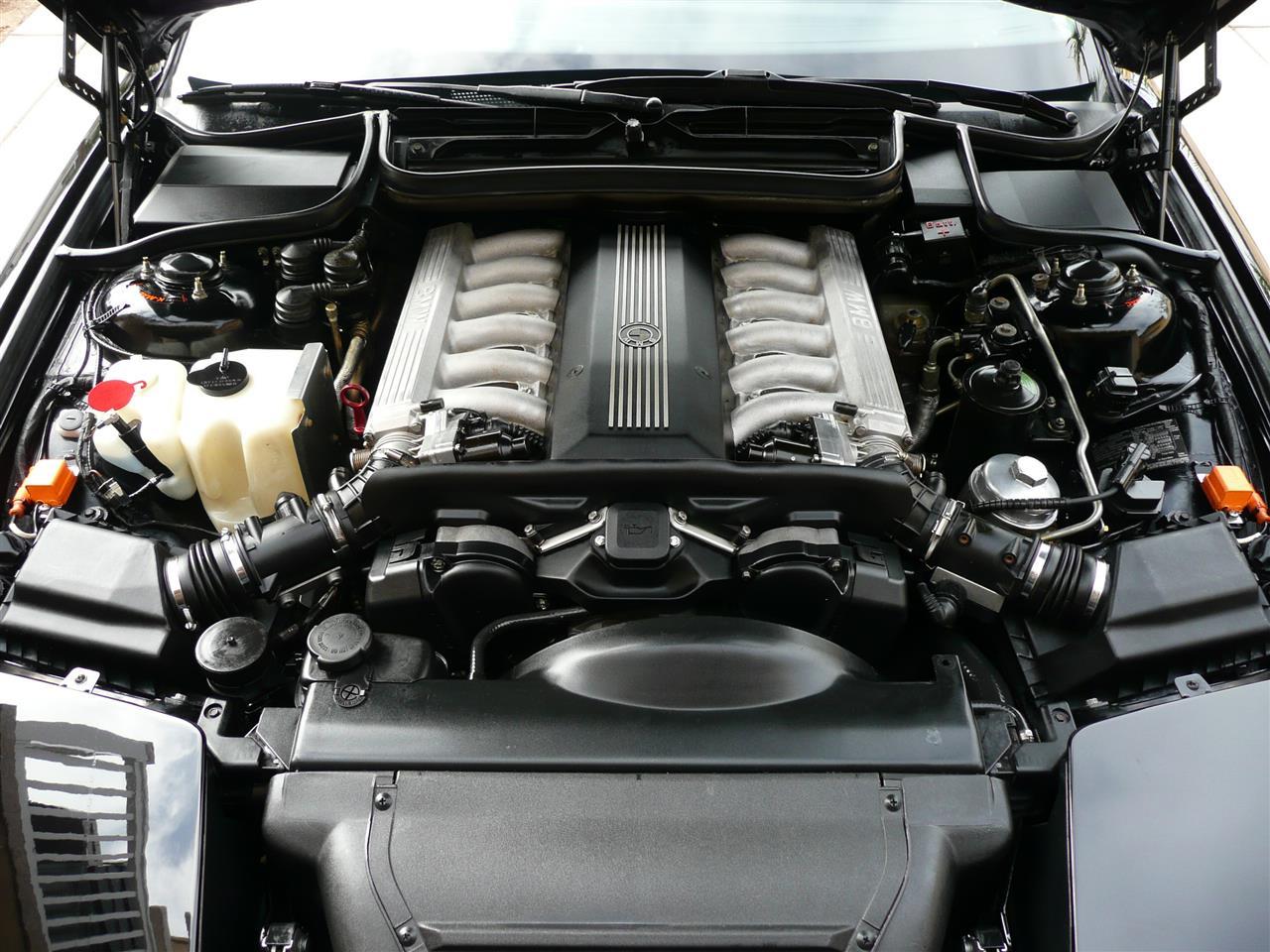 BMWの12気筒エンジン登場から25...
