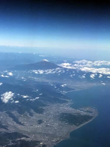 富士山が見えるとすぐ羽田かと思うけど、結構時間がかかる\(^o^)/