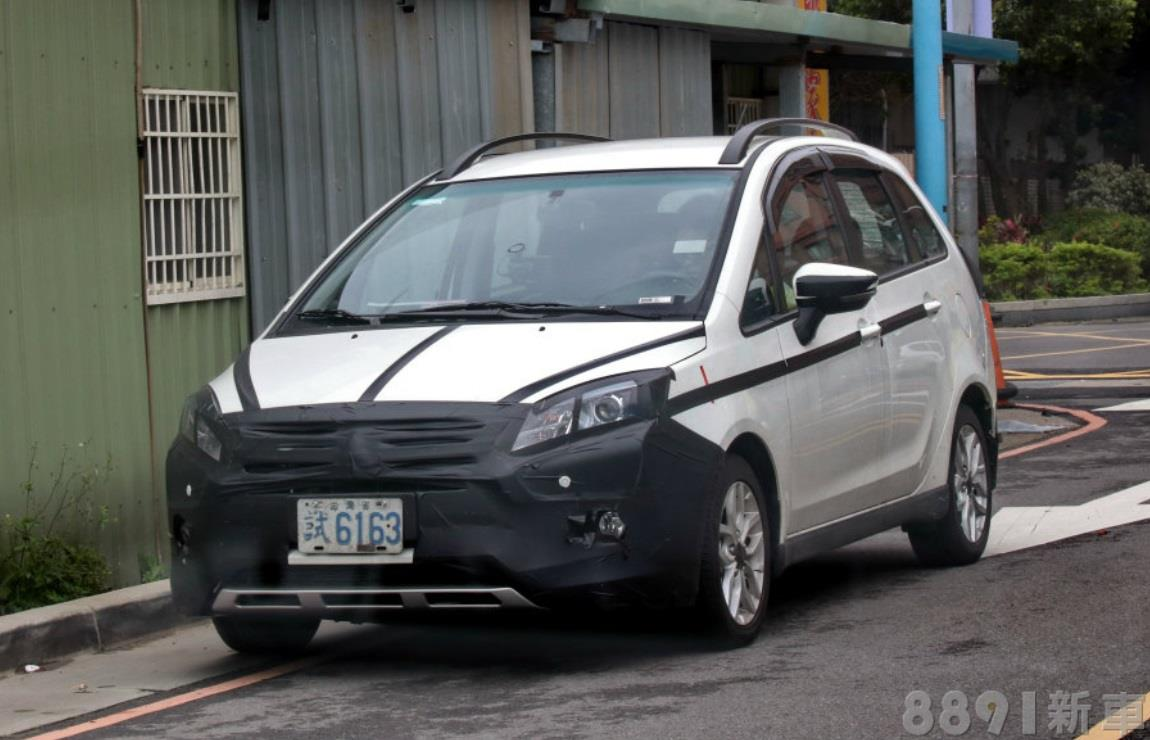 二度小改 新式樣 三菱 colt plus 偽裝車 捕獲 台湾 アクア