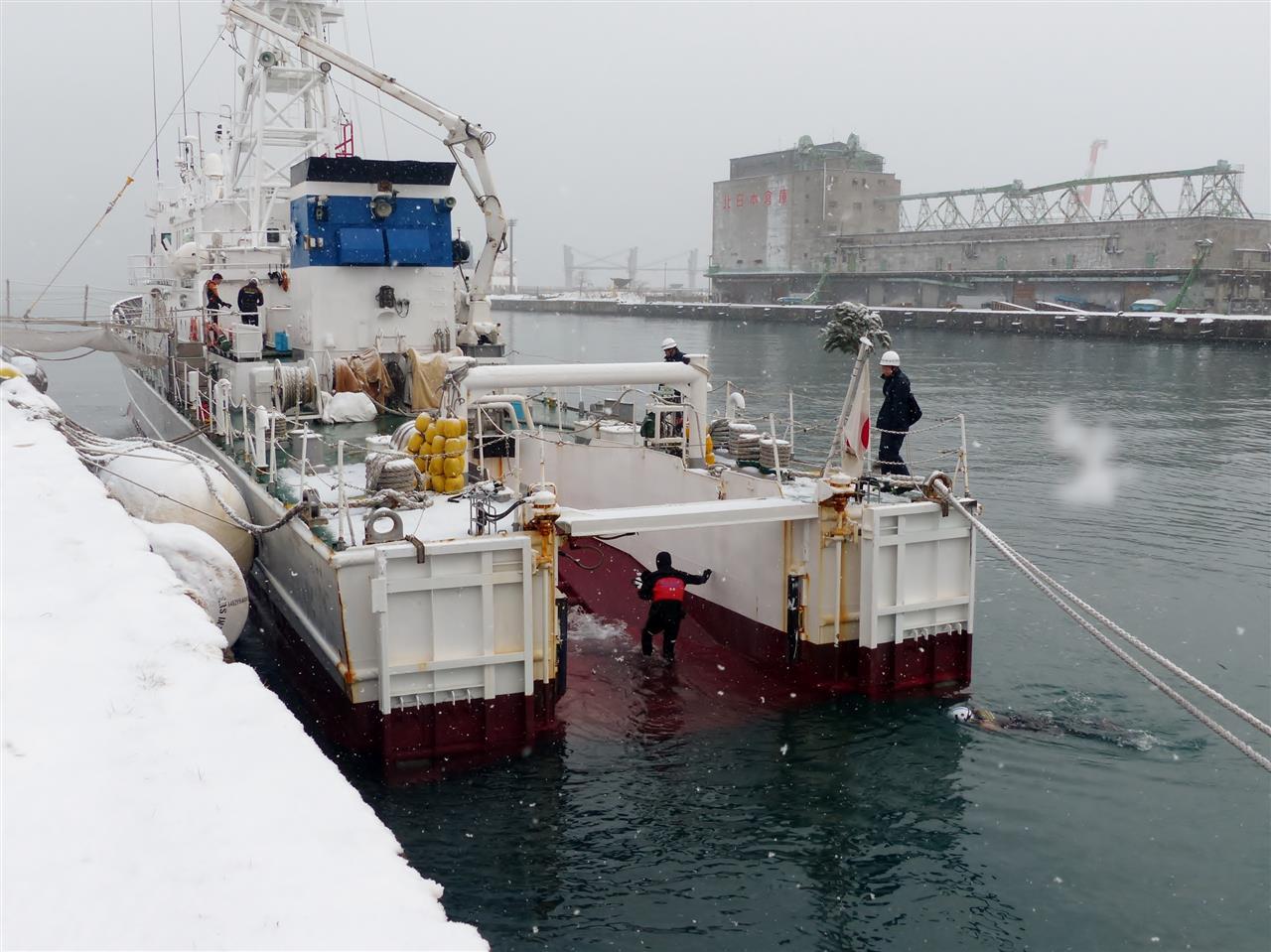 1月4日の塩分補給 小樽海保巡視...