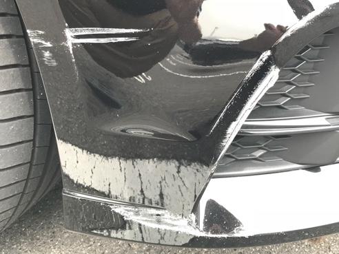 ぶつけ 車場 駐 車 た られ
