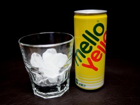 喉 を 潤す 飲み物