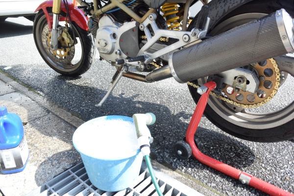 バイクに乗れない日々だけど、タンクバッグを検討してみる