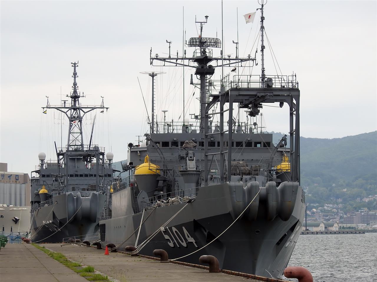 6月17日の塩分補給 海洋観測艦AG...