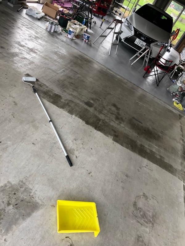 シーラー コンクリート コンクリート壁をDIYできれいに塗装する方法