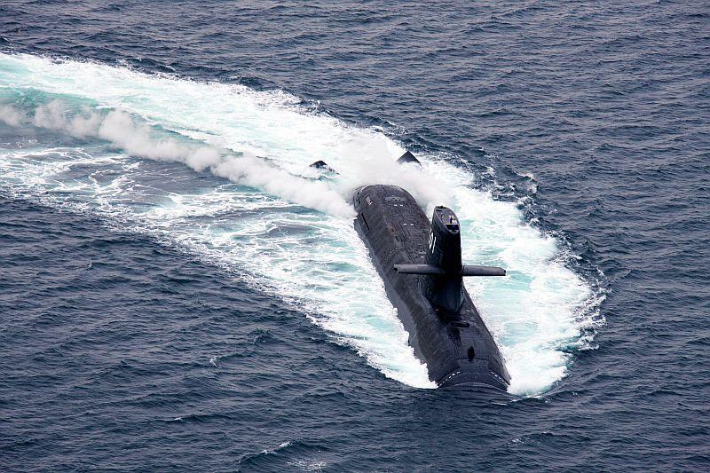 アルテミス オーシャン 海自潜水艦と衝突の貨物船、船体に20センチの亀裂も:朝日新聞デジタル